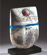Ceramics by Peter Hayes-Issue 95